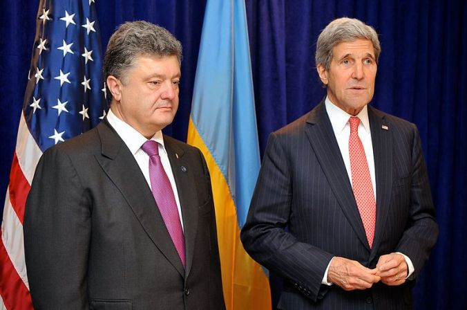 Ukrainian President Poroshenko with Secretary of State John Kerry this June